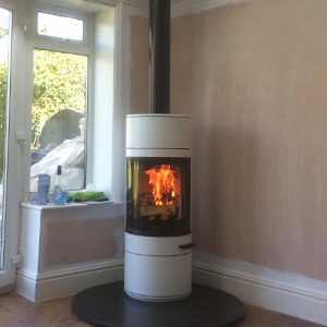 Contura 556 Style Woodburning Stove with Twin Wall Flue System